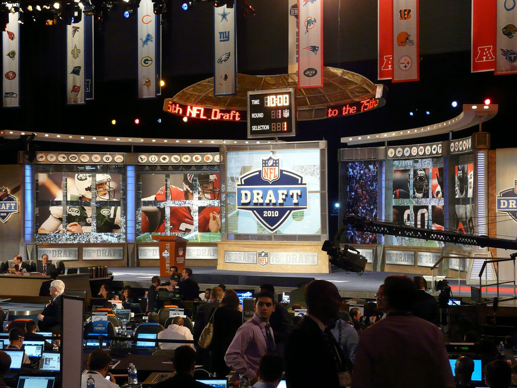 Final Dallas Cowboys 7 round mock draft, with trades